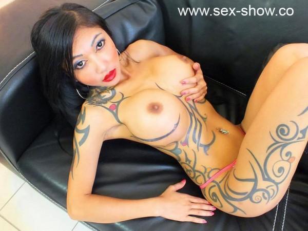 Asia Fickschlampe mit Live Cam Sex